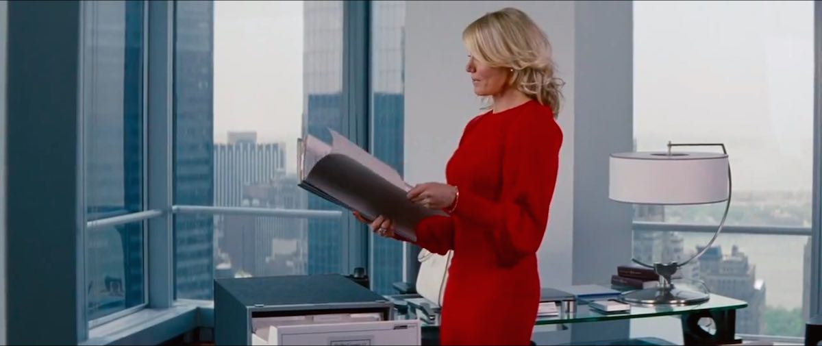 The Other Woman Carly wears a red long sleeve dress by Martin Grant in New York City when Mark picks her up