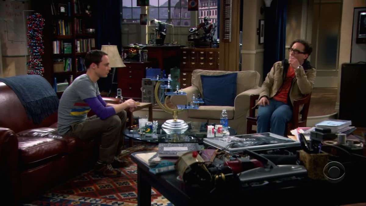 The Big Bang Theory Sheldon Cooper is playing 3D Star Trek Chess with Leonard Hofstadter in The Pancake Batter Anomaly