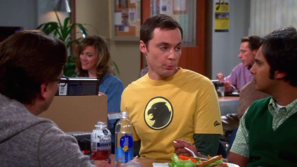 The Big Bang Theory Sheldon Cooper wears his yellow Hawkman logo t-shirt in The Relationship Diremption