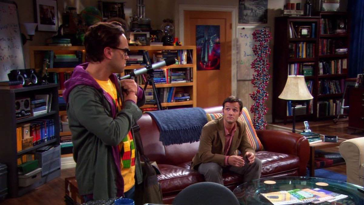TBBT Leonard Hofstadter wears Sheldon Cooper yellow Opti Blocks T-Shirt in The Barbarian Sublimation
